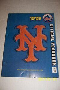 1979 NEW YORK METS Yearbook JOE TORRE Willie MAYS Hall Of Fame NEWEST MEMBER