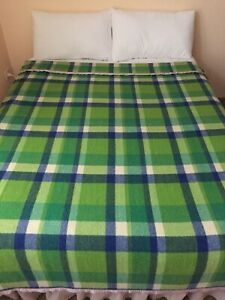ONKAPARINGA TYPE SINGLE BED WOOL BLANKET STUNNING BLUES AND GREENS