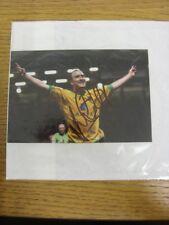 2008/2009 Norwich City: Lee Croft - Autographed Glossy Picture, Postcard Size. T