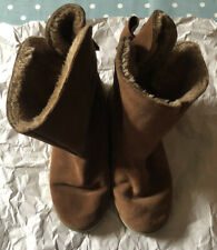 👢 River Island 👢 Tan Ugg Boots - Size 7