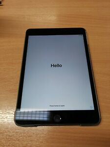 Apple iPad Mini (5th Generation) 64GB, Wi-Fi, 7.9in - Space Grey