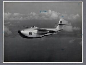 SAUNDERS ROE SR./A.1 JET FIGHTER FLYING BOAT LARGE ORIGINAL SARO PHOTO A51C