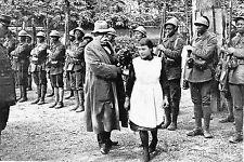WW1 - Guerre 14/18 - Georges Clémenceau reçoit un bouquet de fleurs à Epernay