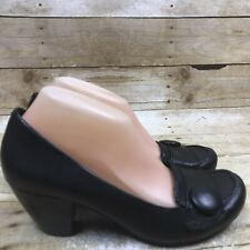 Bare Traps Comfort Black Leather Tabitha Button Shoes Loafers Heels Size 9 Pumps