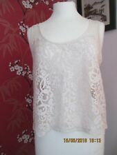 Ladies H&M Lace Top in Size M