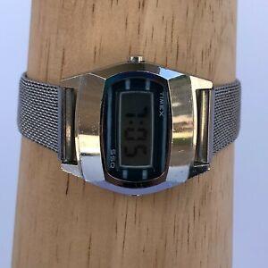 Vintage Digital Timex SSQ Silver Tone Watch H Cell 30mm Unisex