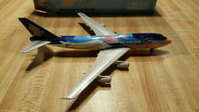 Phoenix Models Singapore Airlines B 747-412 1:400 PH4SIAXXX Tropical Clrs 9V-SPL