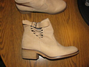 Coolway Leather Western Buckle Boots - TAN - USA 9.5 or EURO size 40