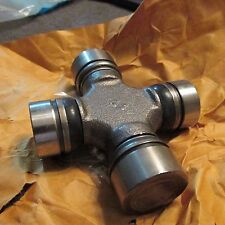NOS 1973 - 1997 FORD F250 F350 4x4 FRONT UNIVERSAL JOINT ASBY D3TZ-3249-A NEW