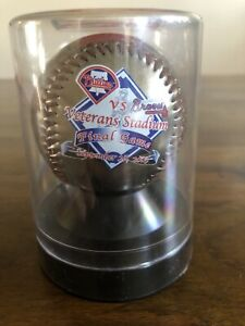 Philadelphia Phillies gold memorabilia baseball last game at veterans stadium