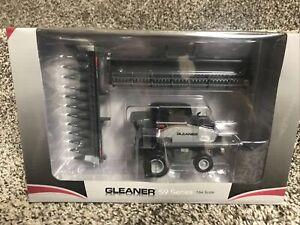 2020 SpecCast 1/64 Gleaner S9 Series Combine w/ 2 Heads SCT 760