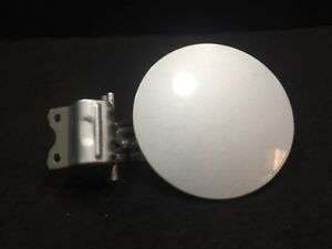 04 05 06 SCION XA FUEL TANK FILLER DOOR LID OEM D18