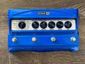 Line 6 MM4, Modulation Modeler (MDM0P5613001243) 16 Effects, 4 CH, Effect Pedal