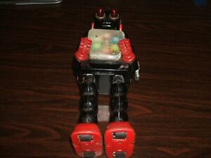 KO Clockwork Wind Up Robot - With Issues