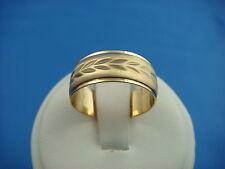 4.2 Grams 7.7 Mm Wide, Size 7.25 14K Yellow Gold Unisex Diamond Cut Wedding Band