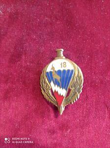 Insigne 18 régiment d' infanterie parachutiste de choc , Drago Olivier Métra  .