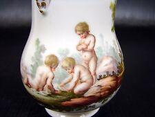 Petit Pot à lait couvert porcelaine tendre XVIII Comte d'Artois decor Puttis