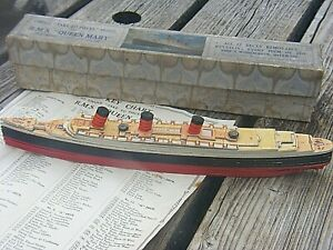 CHAD VALLEY RMS QUEEN MARY PULL TO PIECES MODEL BOXED