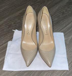 Casadei Nude / Beige Embossed Leather Pointed Toe Stiletto Heels Pumps SZ 36 / 6