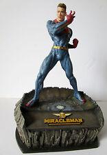 Statue Résine MIRACLEMAN par Mc Farlane