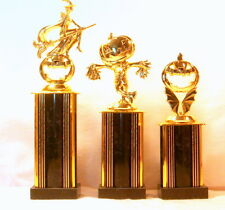 3 HALLOWEEN TROPHIES WITCH SCARECROW & PUMPKIN HALLOWEEN TROPHY TRUNK OR TREAT