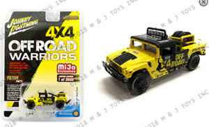 Johnny Lightning Hummer H1 Course Camion Jaune JLCP7157 1/64 3600 Pièces