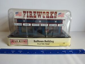 RAIL KING BY M.T.H. ELECTRIC TRAINS - FIREWORKS ROAD SIDE STAND 30-9093  AGES14+