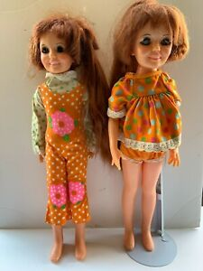 2 VINTAGE CRISSY LONG HAIR DOLL S W CRISSY DOLL CASE AND HER FASHION 60 70 IDEAL