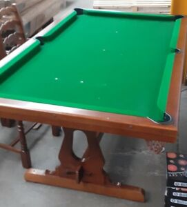S/H 6ft pool table diner Mahogany , 2 pc  top ,new spares , recovered + 6 chairs