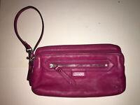 Coach Daisy Wristlet Wallet Double Zipper Magenta Pink