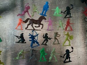 Lot of 54mm plastic Western figures Timpo, Airfix most made in Hong Kong