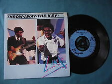"Linx - Throw Away The Key. 7"" vinyl single (7v2056)"