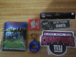 1 new york giants  magnet  1bottle/can key ring 1 3-d pad/ 1 automobile emblem