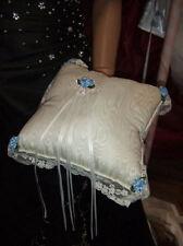Coussin en taffetas ivoire et satin bleu Porte alliances cérémonie mariage