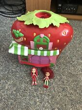 Strawberry Shortcake Berry Bitty Cafe Playset and 2 dolls Free Shipping