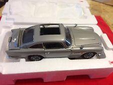 Danbury Aston Martin Db5 007 James Bond 1/24 Scale Mint Condition