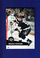 Wayne Gretzky HOF 1991-92 Pro Set Hockey French #101 (MINT) Los Angeles Kings