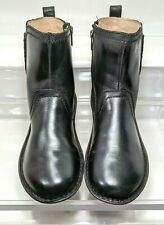 UGG  Neevah Short 1004177 Black Leather Ankle Boots Women US 9 Minimal Wear