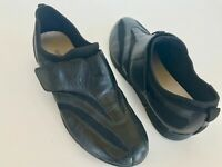 Liz Claiborne Black Buttery Soft Leather Sporty Slip on Flats Neoprene Women 7.5