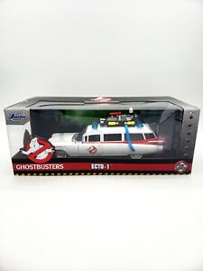 Jada Hollywood Rides 1:24 Scale Ghostbusters Ecto-1 Die-Cast Toy Car