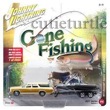 Johnny Lightning 1973 Chevrolet Caprice 1/64 Gone Fishing JLBT002 36G A Cream
