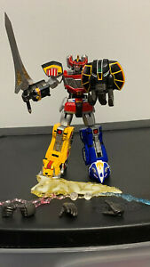 Bandai Tamashii Super Robot Chogokin Megazord