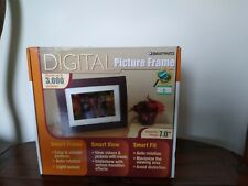 """Smart Parts Digital Picture Wood Frame 7"""" 256 MB Memory HD LCD Display Remote"""