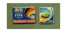2 oficial fifa pins mujeres WM 2011 & Confederations Cup 2005 dfb