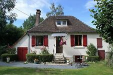 HOLlDAY COTTAGE IN FRANCE. HANSEL & GRETEL COTTAGE. HOUSE TO LET.