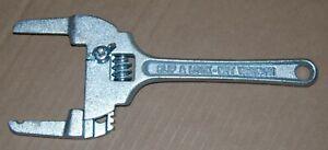 Adjustable 10 Inch Slip & Lock Nut Wrench - 3 Inch Jaws
