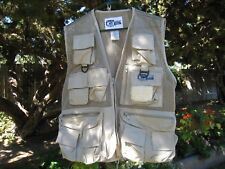 BASS Outdoor America, fishing Vest, tan, mesh And cotton S/M, nice condition