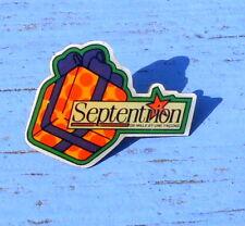 Pin's paquet cadeau Septentrion, fin des années 1980-début des années 1990