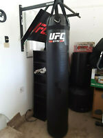 MMA, Boxing, Muay Thai, UFC, Punching Bag, Heavy Bag Filled 130 lbs