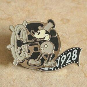 Disney Trading Pin Disneyland Paris Mickey Mouse Steamboat Willie 1928 Film Reel